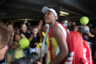 Venus Williams of USA signs autographs after defeating New Zealander Jade Lewisat the ASB Classic, Photo/NZ Herald