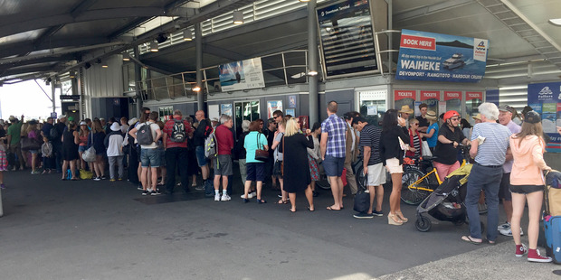 Long queues for the Waiheke ferry at the downtown ferry terminal. Photo / Nicole Barratt
