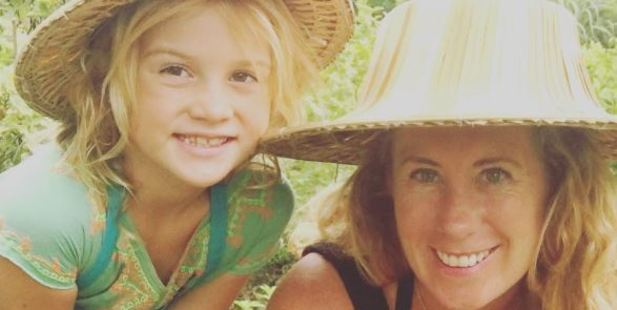 Evie Farrell, 43, from Sydney, packed up her life last February and set off travelling around the world with her daughter. Photo / Mumpacktravel Instagram