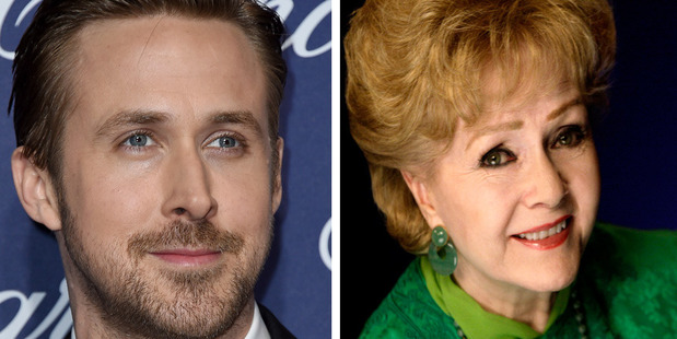 Ryan Gosling praised the late Debbie Reynolds at an awards ceremony on Monday.