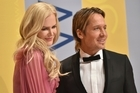 Aussie actor Nicole Kidman has raised eyebrows after dancing with her Kiwi husband Keith Urban live on television on New Year's Eve