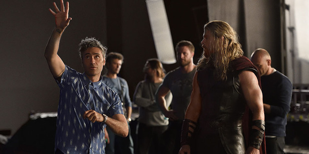 Taika Waititi on the set of Thor: Ragnarok with actor Chris Hemsworth. Photo/Marvel Studios