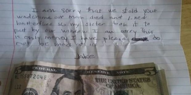 The heartbreaking note that was left at the stranger's door. Photo / Facebook, Chrissy Marie