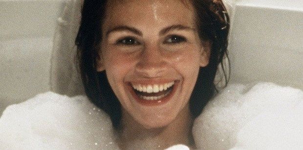 Julia Roberts' 1990 film Pretty Woman originally had a much darker ending, it has been revealed.