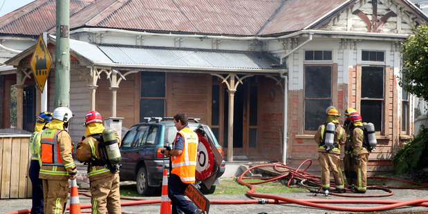 House Fire on Barrack Street, Whanganui PHOTO STUART MUNRO
