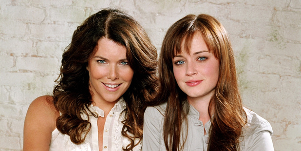 A young Lorelai and Rory.