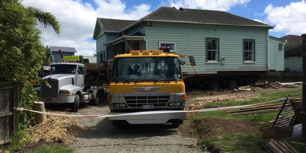 The Devonport villa is prepared for site removal.