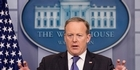 Watch: Sean Spicer confronted in Apple store