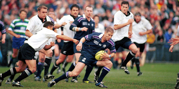 Shaun Longstaff in action for Scotland against the All Blacks at Carisbrook in June 2000. Photo / Photosport