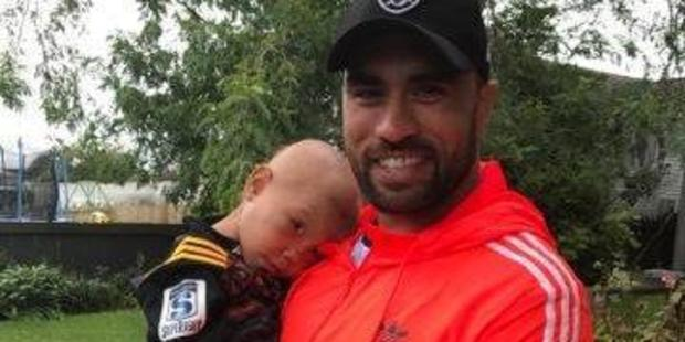 All Black Liam Messam and 2-year-old cancer patient Ka'iulani. Photo / Supplied