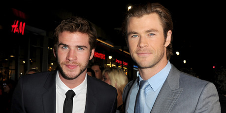 Actors Liam Hemsworth (L) and Chris Hemsworth. Photo / Getty