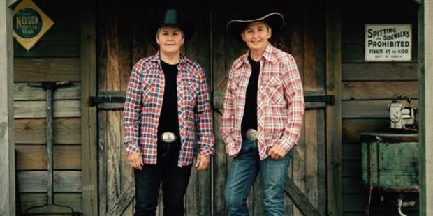 The Topp Twins will bring their Heading for the Hills tour to Northland next month, playing in Dargaville, Whangarei, Kerikeri and Kaitaia.