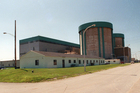 This August 1986 file photo shows Commonwealth Edison's nuclear power plant, closed by parent company Exelon Corp. in 1998, in Zion, Illinois. Photo / AP