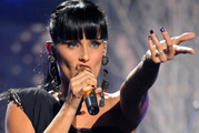 Singer Nelly Furtado performed onstage at the 2009 American Music Awards. Photo / Getty