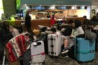More flights disrupted by fog
