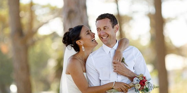 Riki Te Tau marries Susana Scott after proposing four times. Photo / Paul Howell Photography / http://www.howellphoto.com/