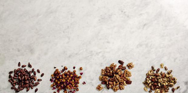 Chocolate cinnamon almonds. Photo / Louise Parker