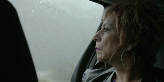 Psycic Sue Nicholson in an episode of Sensing Murder.