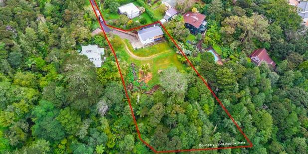A house an almost half-hectare of land in Birkdale is up for sale by negotiation.