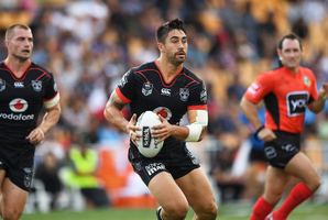Shaun Johnson re-signs with the Warriors