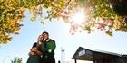 Watch: Couple find jobs online
