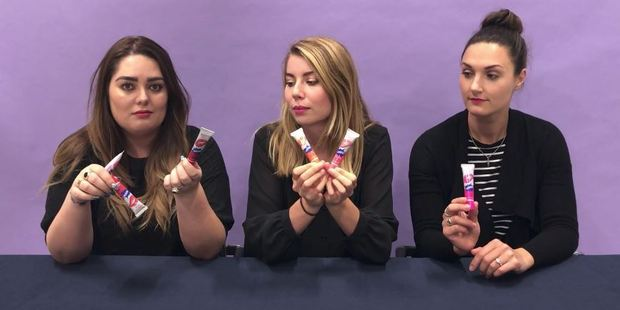 Loading Bailee, Emma and Jenni try out the peel-off lipstick trend.