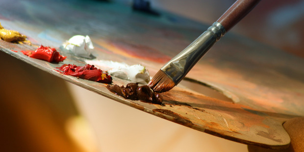 """Woman complained her caregiver said her painting was """"awful"""". Photo/Pexels.com"""