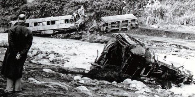 The man in the 1953 photo at Tangiwai is engineer Hugh Stevens.