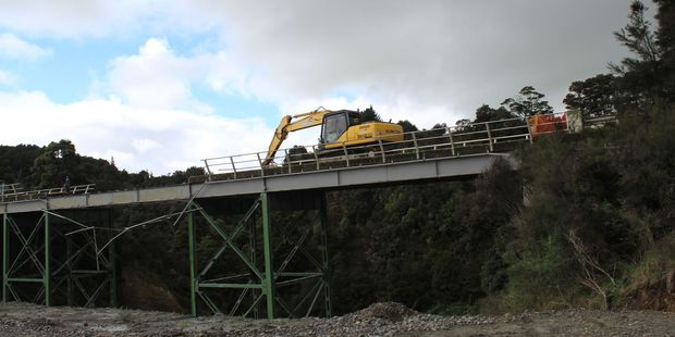 Work is under way on dismantling the historic Whakaruatapu Bridge north of Dannevirke, at Matamau, known locally as the Skinny Bridge.