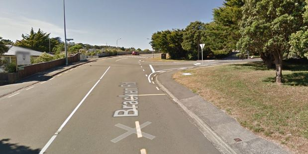 The intersection of Bracken Road and Kahikatea Grove in Paparangi is blocked by the accident. Photo / Google Maps