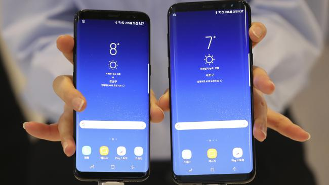 Samsung Galaxy S8 and S8+ smartphones side-by-side. Photo/AP