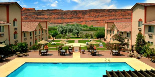 Relax in the pool at the Aarchway Inn. Photo / Supplied