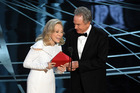 Actors Faye Dunaway and Warren Beatty at the Oscars. Photo / Getty Images