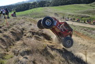 Hamish Auret and Paul Barnes won the national 4x4 series crown despite blowing their transmission at the final round in the Manawatu.