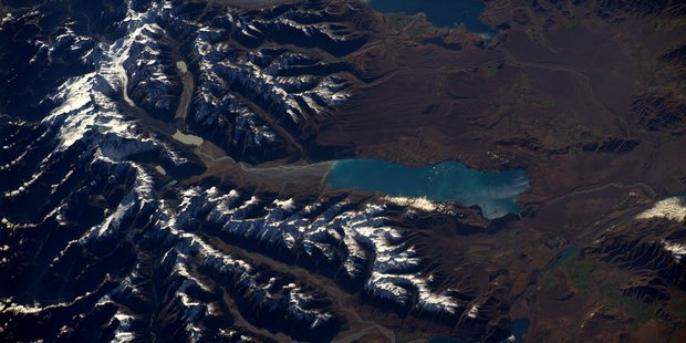 Loading The Aoraki/Mt Cook area, as seen from space by astronaut Thomas Pesquet. Photo / Thomas Pesquet @Thom_astro