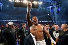 British boxer Anthony Joshua, centre, celebrates with with Mayor of London Sadiq Khan after winning against Ukrainian boxer Wladimir Klitschko. Photo / AP.