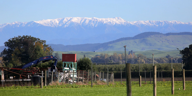 Loading Snow on the ranges near Hastings on Tuesday afternoon. Photo / Duncan Brown