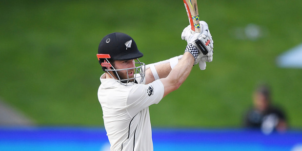 Mitchell Santner spins New Zealand to win over Ireland