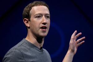 Facebook to develop original TV