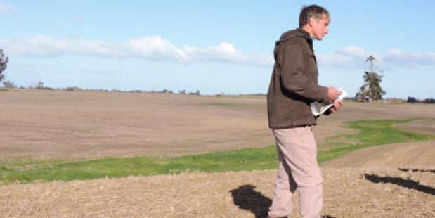 Catchment group chairman Roger Small speaks at the field day. Photo / Sally Brooker