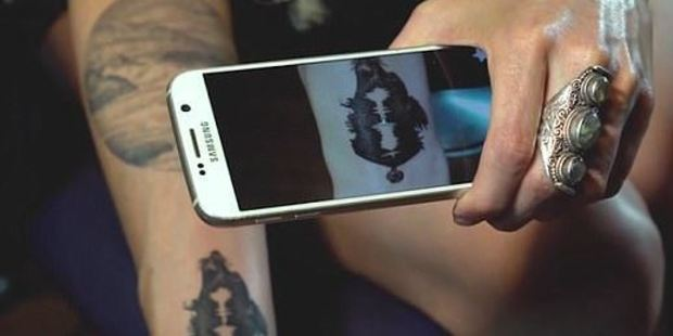 Juliano Damiano decided to immortalise her dog Baci by having an image of him tattooed on her forearm, along with a recording of his distinctive howl. Photo / YouTube