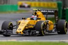 Jolyon Palmer during the qualifying of the 2016 Formula 1 Australian Grand Prix. Photo / Getty Images