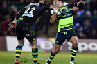 George Pisi of Northampton Saints puts in a high tackle on Isa Nacewa of Leinster. Photo/Getty Images