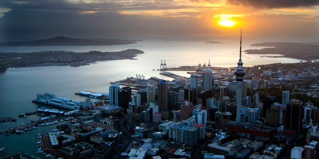 The New Zealand economy is expected to grow 3.5 per cent over the coming year, with construction, tourism and household spending to lift inflation from its record lows. Photo / Dean Purcell
