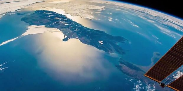 As Kiwis wound down from another summer's day, astronaut Ignazio Magnani was pointing his camera down from 400 kilometres above the Earth. Photo: @IgnazioMagnani / Twitter