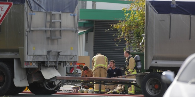 Residents Hastings' Kiwi Street have also now been evacuated due to the gas leak. Photo / Duncan Brown