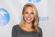 Dani Mathers had a choice of 45 days in jail or 30 days community service removing graffiti. Photo / Getty