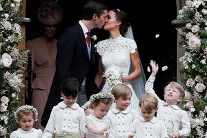Photos: Pippa Middleton's stunning wedding