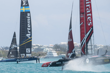 Emirates Team NZ battle Artemis Team Sweden off Bermuda. Photo/America's Cup