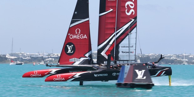 Sailing - Oracle Team USA beat New Zealand, win America's Cup qualifier